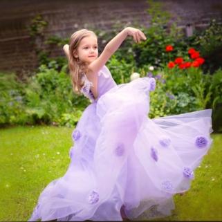 tanzende Prinzessin Mädchen 35