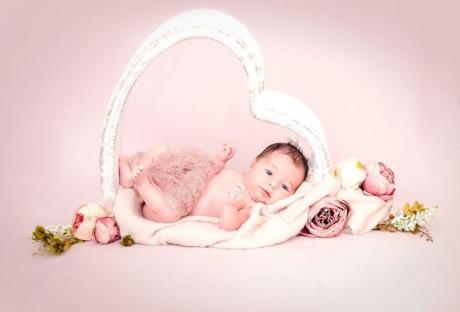 Newborn-photography-cude