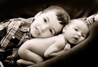 fotografie-geschwister-baby